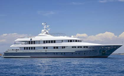charter a sailing or motor luxury yacht o ceanos thumbnail