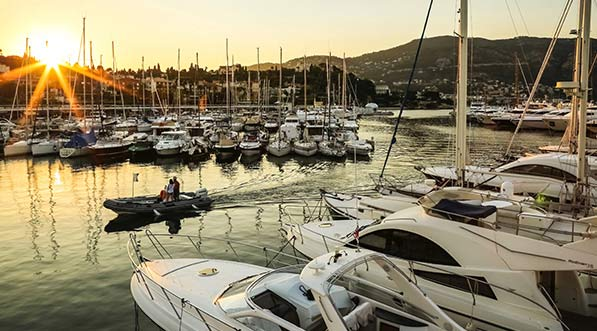 yacht-charter-itinerary-west-mediterranean-french-riveria-saint-jean-cap-ferrat