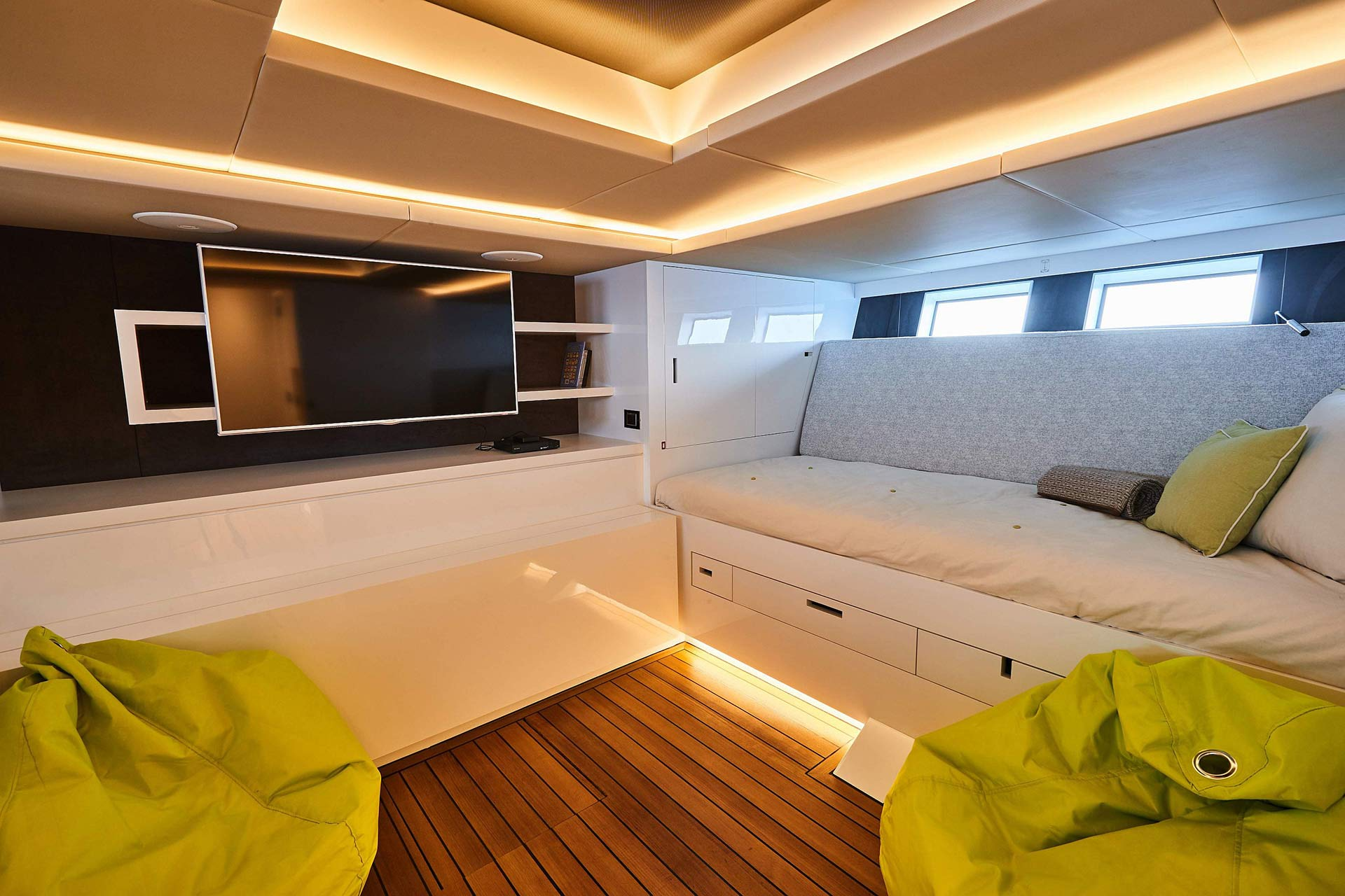 Matariki-Motor-Yacht-for-sale-gallery-19.jpg