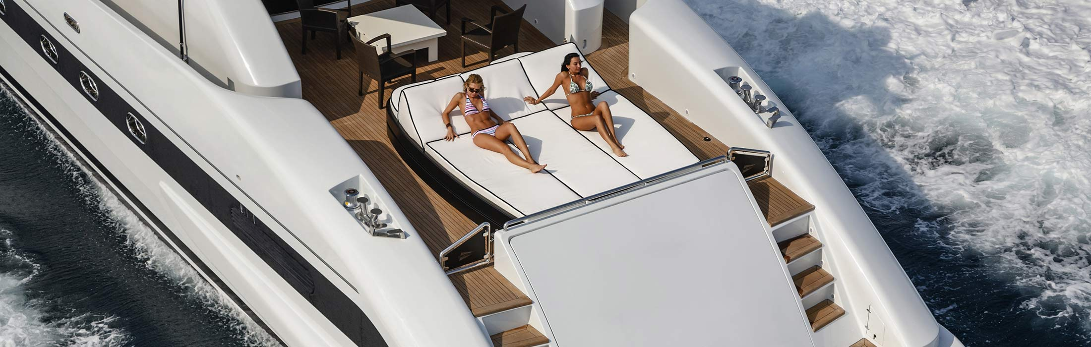 luxury yacht charter destinations the bahamas main slider 1