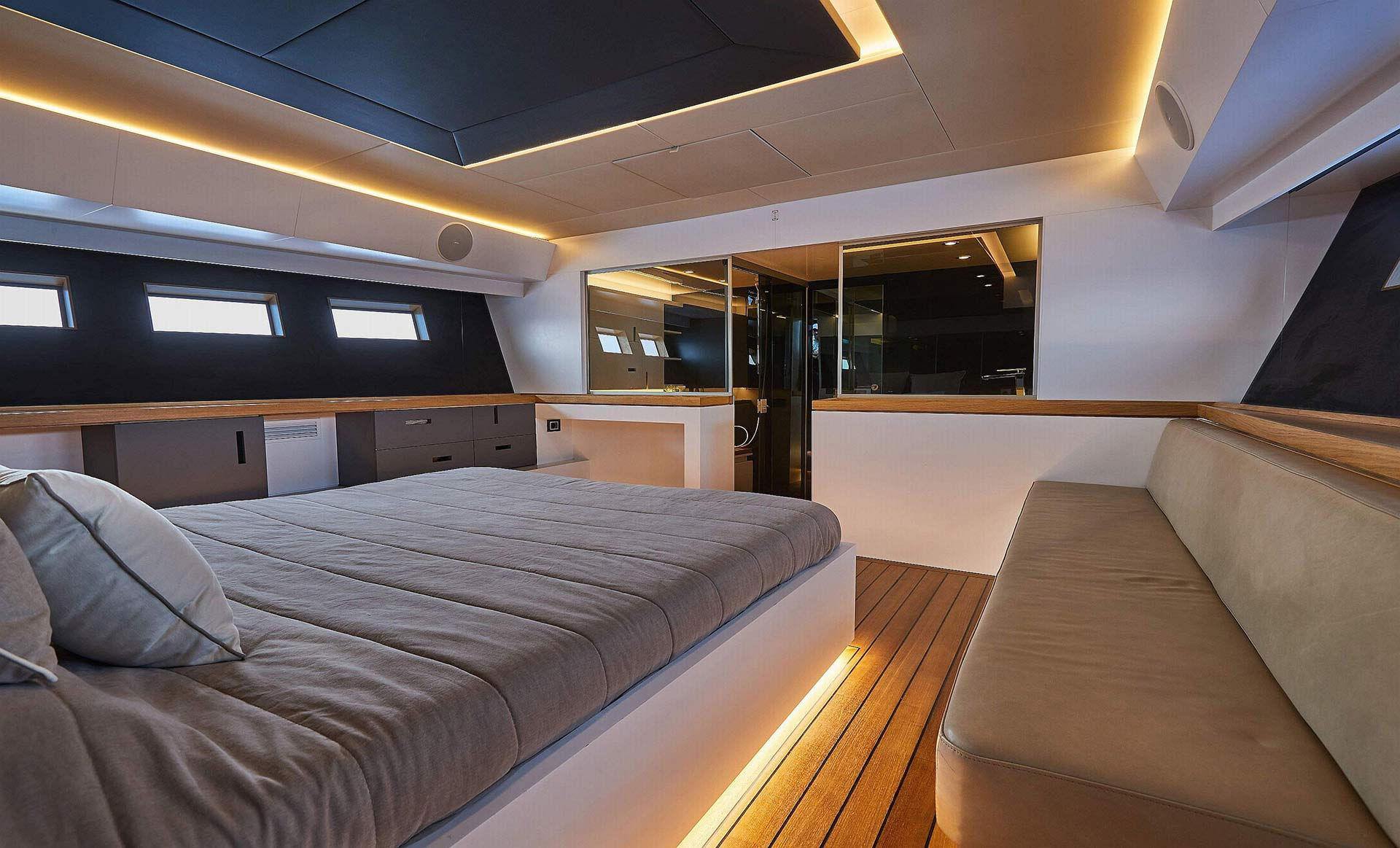 Matariki-Motor-Yacht-for-sale-gallery-17.jpg