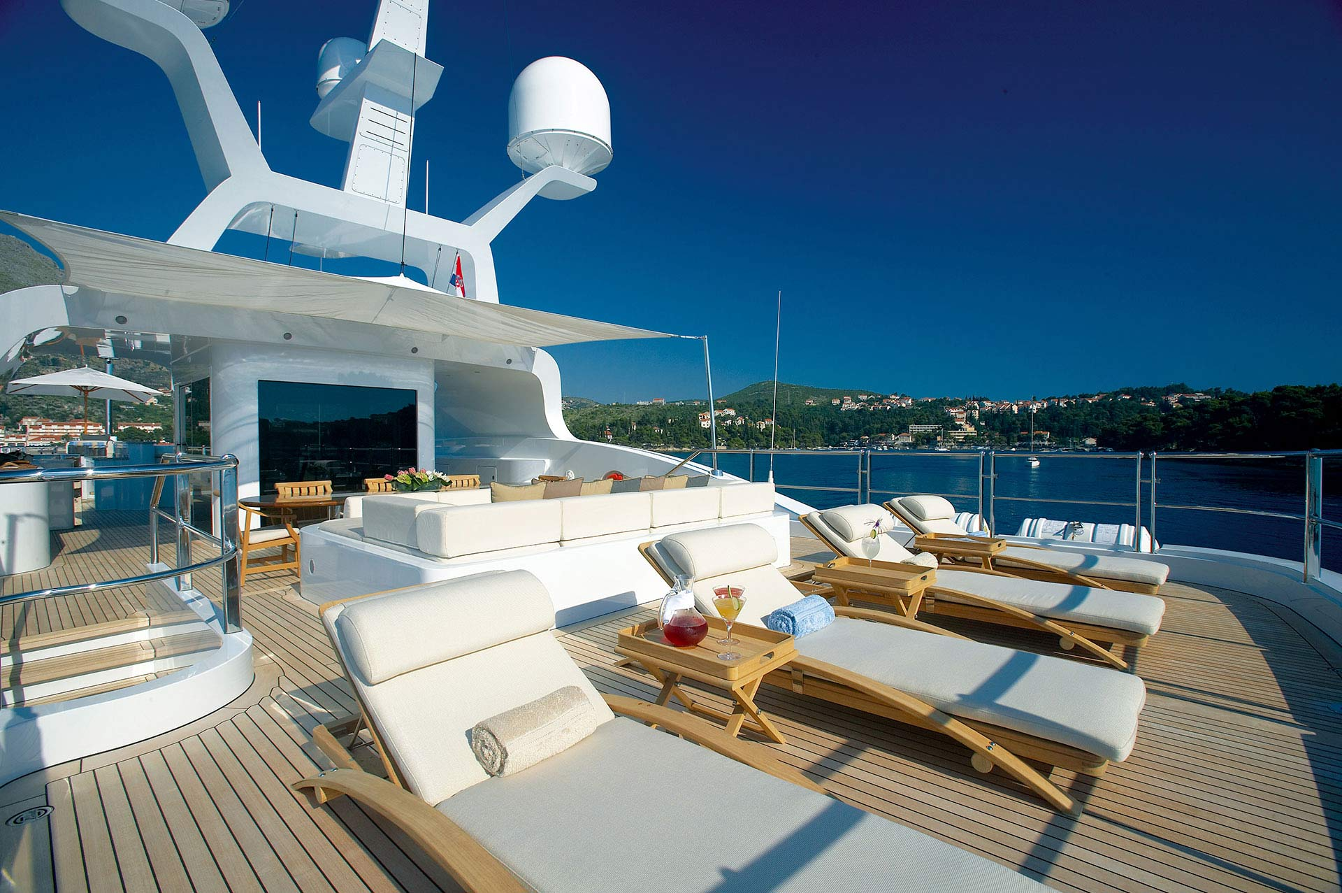 Andreas-L-Motor-Yacht-for-charter-gallery-14.jpg