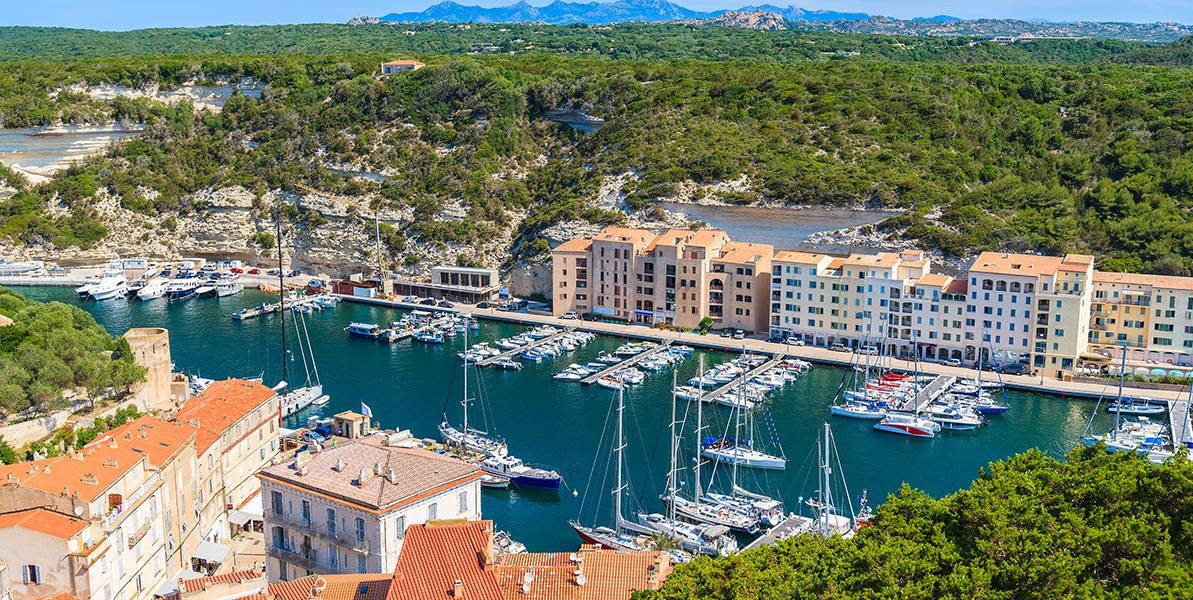 yacht-charter-itinerary-sardinia-corsica-bonifacio-1.jpg