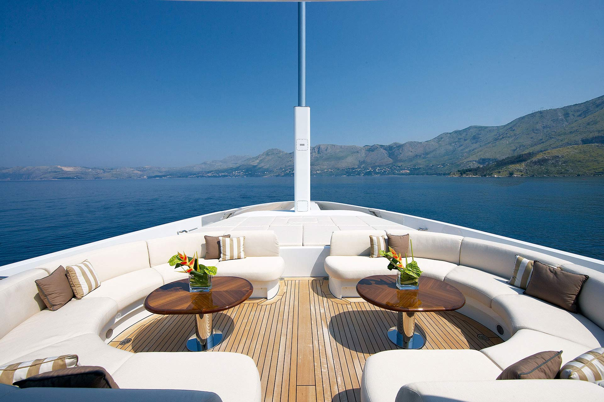 Andreas-L-Motor-Yacht-for-charter-gallery-15.jpg