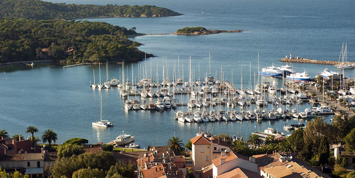 yacht-charter-itinerary-west-mediterranean-french-riveria-illes-porquerolles-main