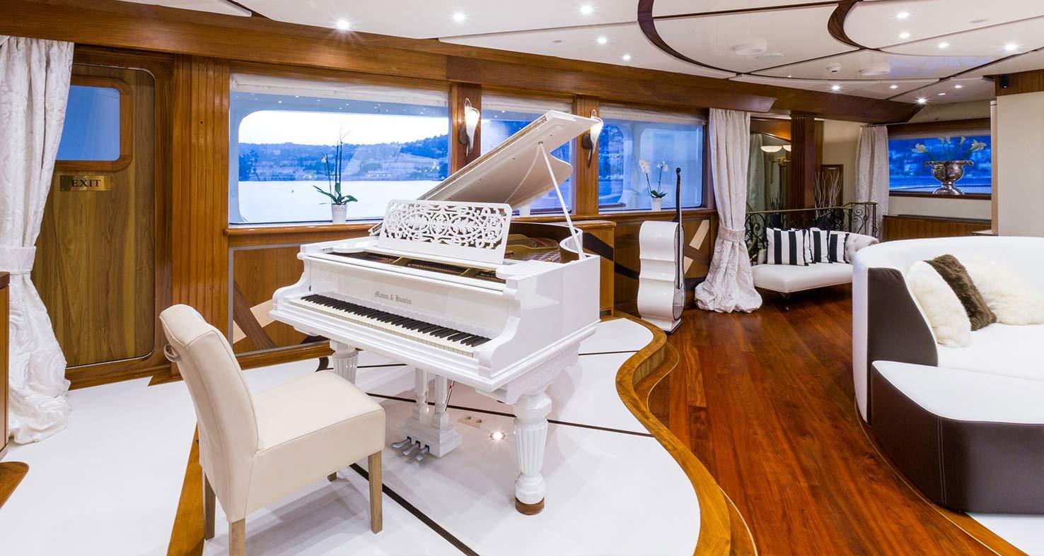 Legend Yacht Charter Details Abberley Luxury Yachts