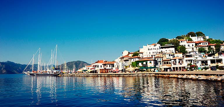 top-yacht-charter-destinations-mediterranean-turkey-marmaris-intro-1.jpg