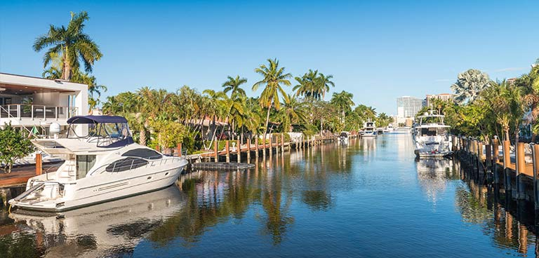 top-yacht-charter-destinations-north-america-florida-intro.jpg