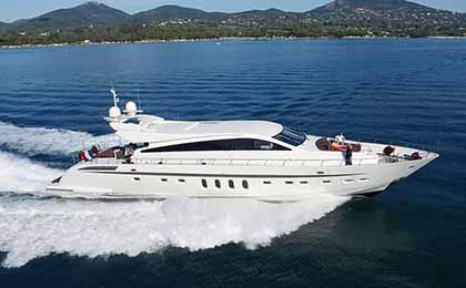 charter a sailing or motor luxury yacht eclat thumbnail