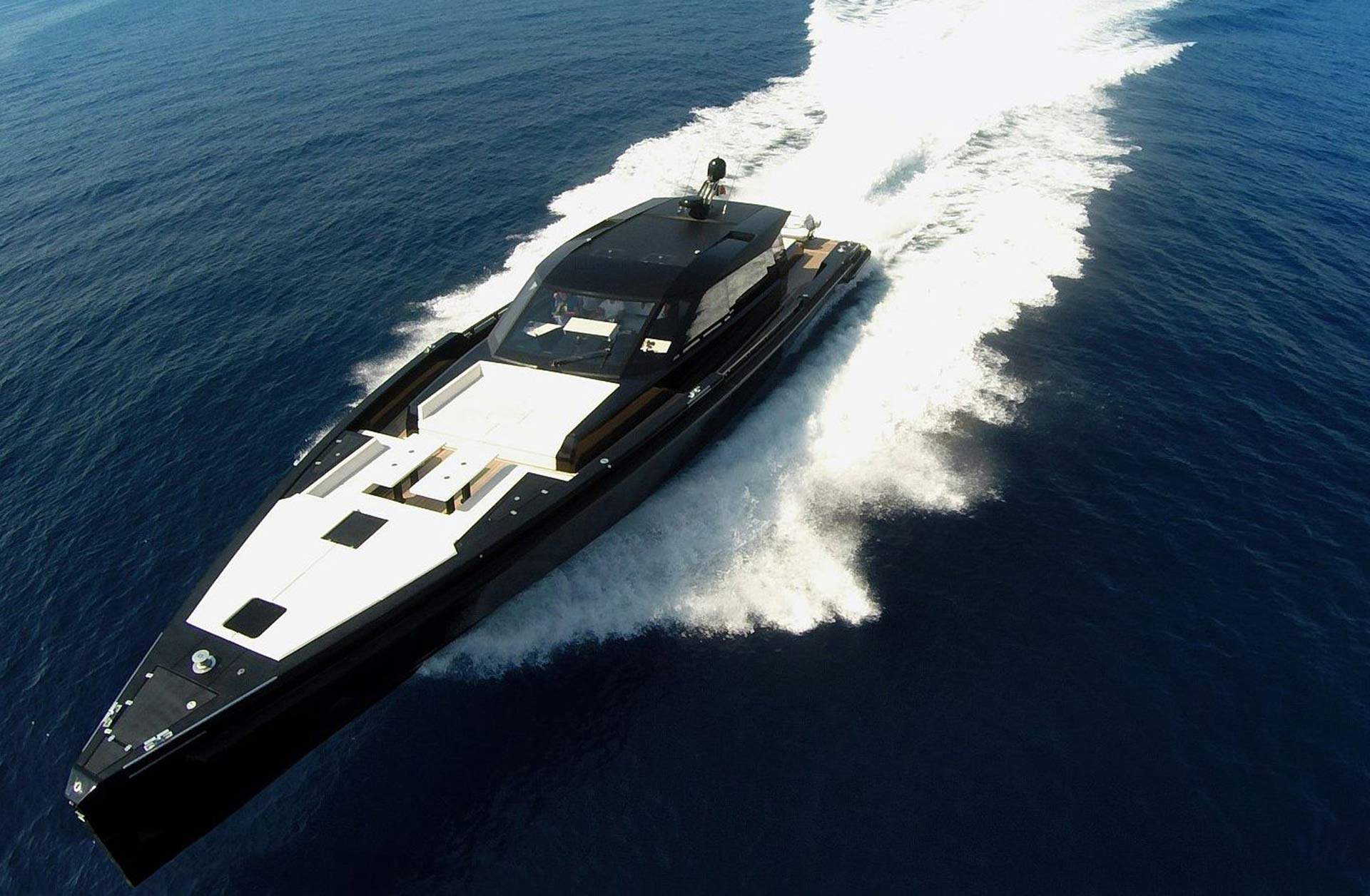 Matariki-Motor-Yacht-for-sale-gallery-01.jpg