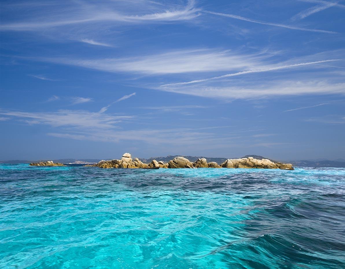 yacht-charter-itinerary-sardinia-corsica-isola-di-maddalena-2.jpg
