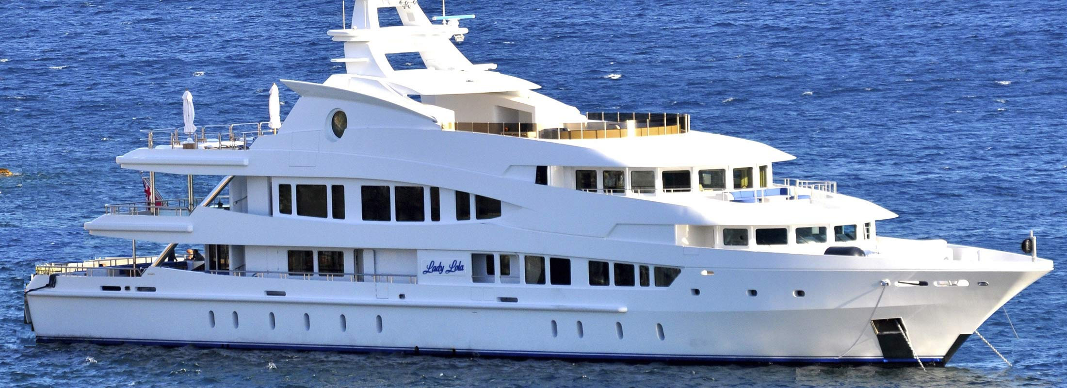 Lucky Lady luxury yacht charter Motor Yacht for Charter Caribbean Sea slider 1