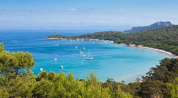 yacht-charter-itinerary-west-mediterranean-french-riveria-illes-porquerolles