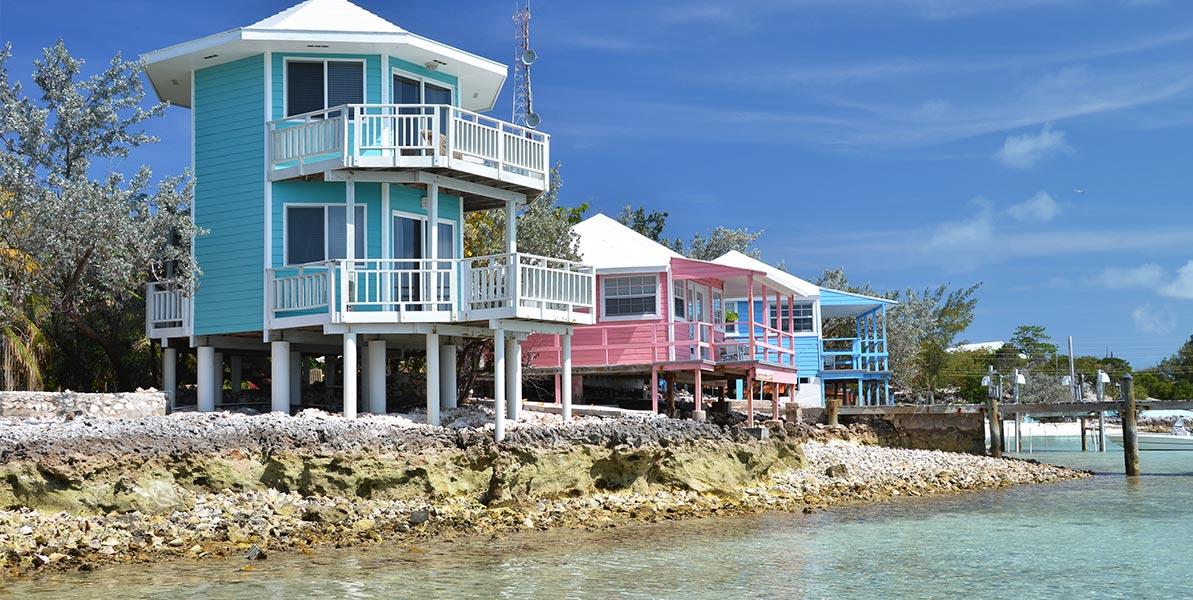 yacht-charter-itinerary-the-bahamas-staniel-cay-1.jpg